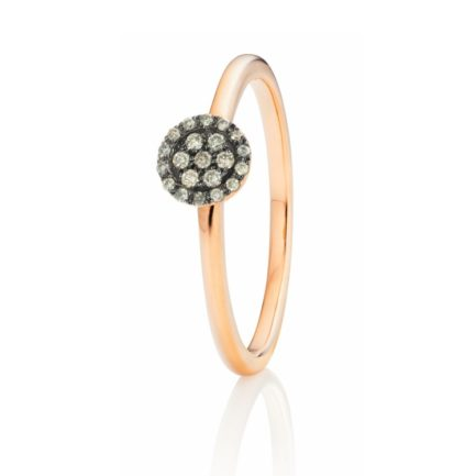Ring mit brillantbesetzter Scheibe