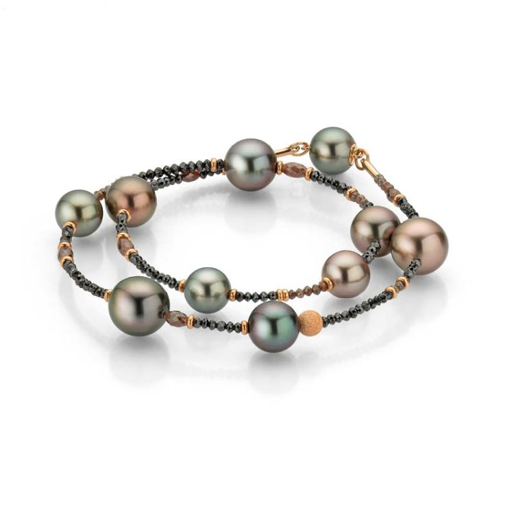 zweireihiges Armband mit Magnetschließe Tahitizuchtperlen und facettierten braunen und schwarzen Diamanten